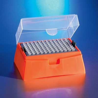 DeckWorks Sterile 200ul Natural Graduated Low Binding Standard Tips, Racked, Corning